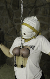 Titslave A